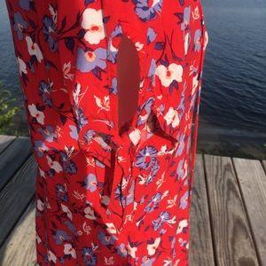Express Dresses - Express short sleeve floral red button front dress